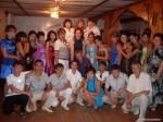 Выпускники 2009 Лиманной  школы с учителями  родителями