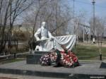 Памятник погибшим у вокзала