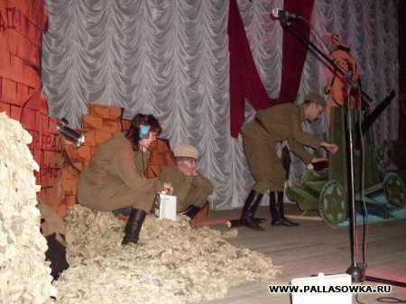 Подвиг Сталинграда бессмертен!